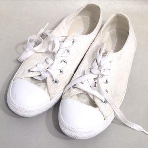 Cream Converse All Stars (faintly sparkly)